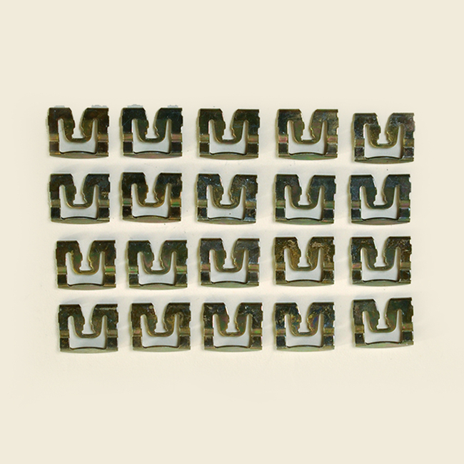1971-1973 Challenger 2 Door Hardtop; 20 Piece Rear Window Clip Kit