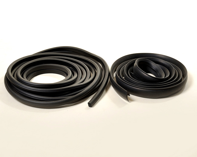 1940-1949 International KB 1-5 Series Door Weatherstrip (Sold As A Pair)